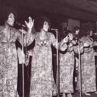 Sisters Love @bluesandsoul.com