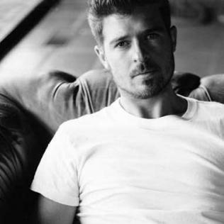 Robin Thicke @bluesandsoul.com