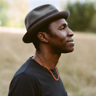 Tunde Baiyewu @bluesandsoul.com