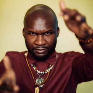 Michael Olatuja @bluesandsoul.com