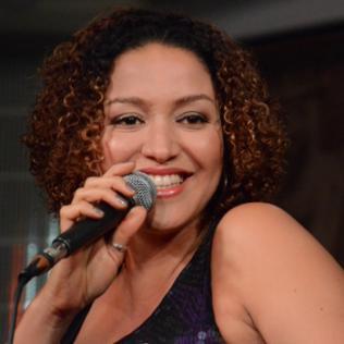 Jandira: Da Lata - Hospital Club, London 4/12/13 @bluesandsoul.com