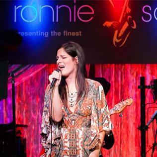 Lindsey Webster: Ronnie Scott's 22/3/17 @bluesandsoul.com PHOTO: ©Carl Hyde