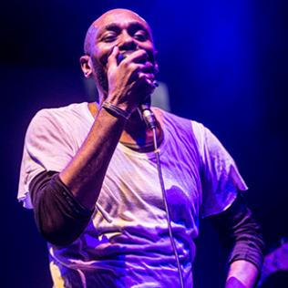 Yasiin Bey (formally Mos Def) + Robert Glasper: Troxy, London 8/3/18 @bluesandsoul.com