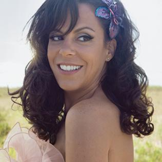 Bebel Gilberto set for Cheltenham Jazz Festival 2020 @bluesandsoul.com